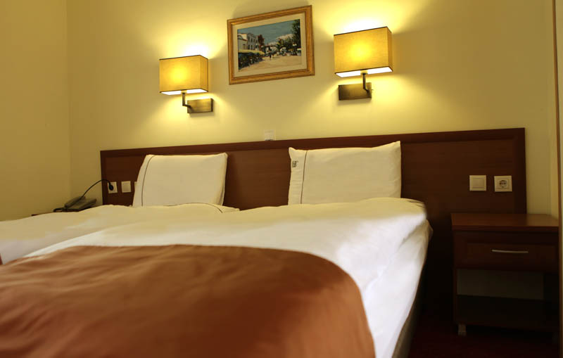 http://hotelbelvedere.com.mk/wp-content/uploads/2015/05/hotel_belvedere_ohrid_studio-2.jpg