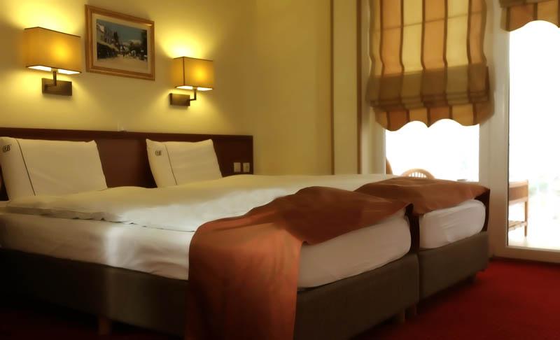 http://hotelbelvedere.com.mk/wp-content/uploads/2015/05/hotel_belvedere_ohrid_studio-5.jpg