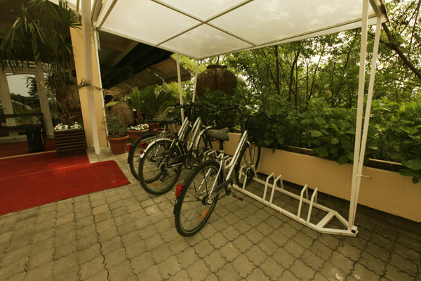 belvedere rent a bike hotel