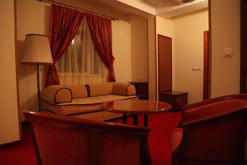 https://hotelbelvedere.com.mk/wp-content/uploads/2015/05/hotel_belvedere_ohrid_studio-10.jpg